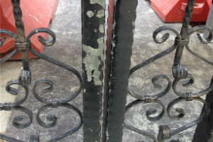 Ways to patch scratches on outdoor gate