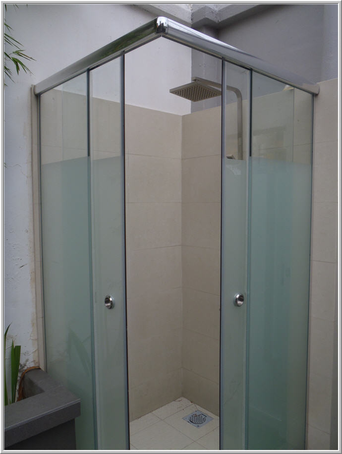 Shower Screens Singapore | GrillesNGlass.com