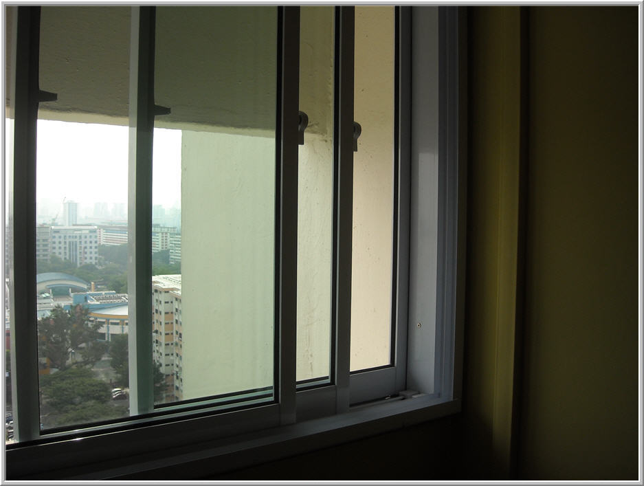 Sliding windows singapore for Sliding glass windows