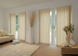 Living room doors with blinds